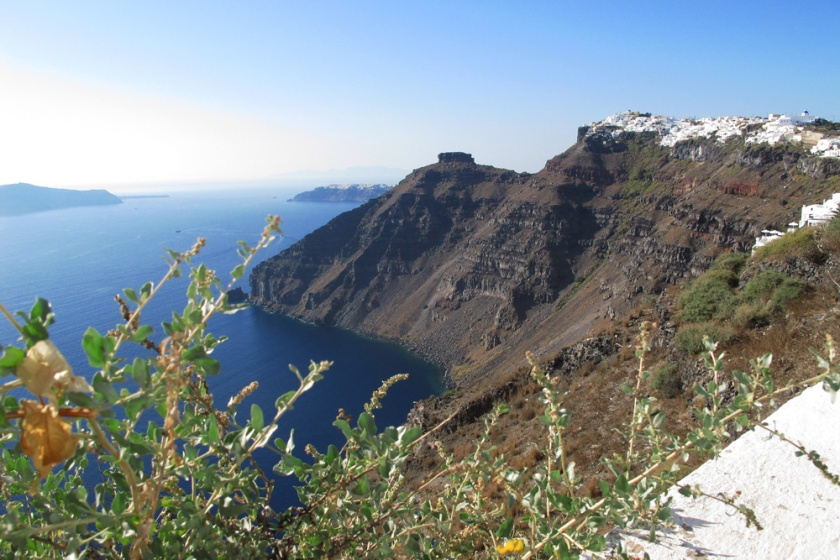 oia-from-caldera-rim-hike-santorini-greece.jpg