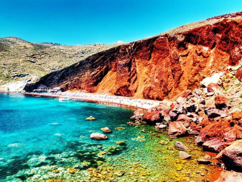 red_beach_4.jpg