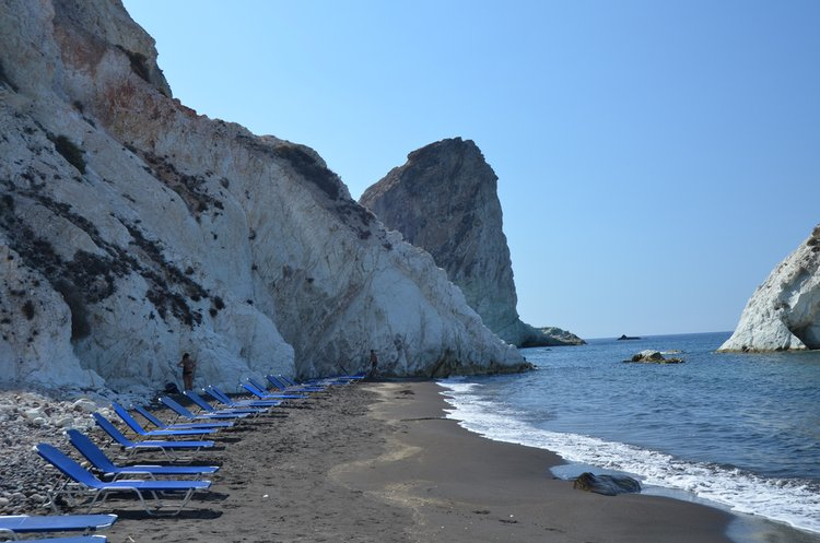 white_beach_santorini