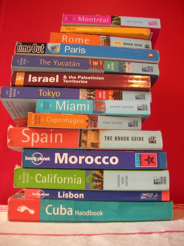 travel-guidebooks-100142585-599x800